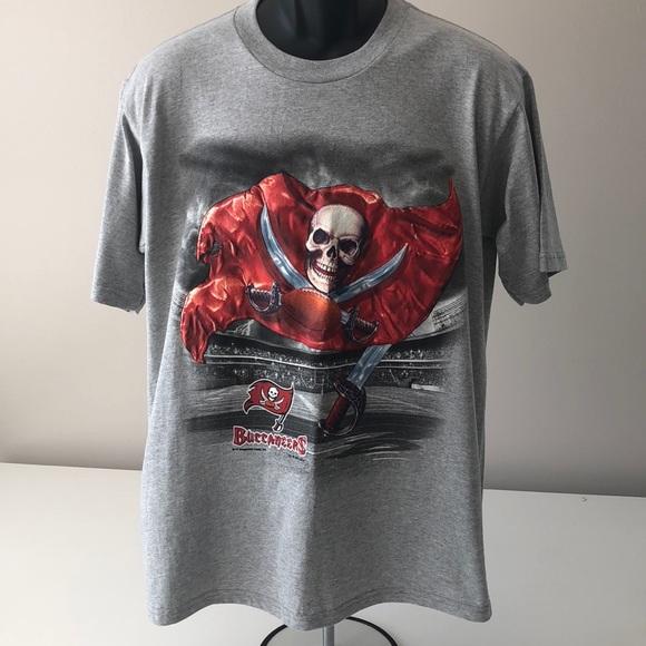 Vintage Lee Sport NFL Tampa Bay Buccaneers T-Shirt 2eaed9b47